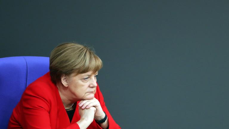 Меркел обвини Русия за провала на Договора за ракетите