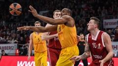 Везенков записа 7 минути при поражение на Барса в Евролигата