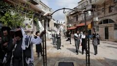В Йерусалим мъж е нападна с нож 19-годишен полицай