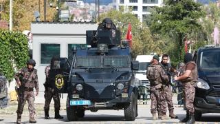 Полицията в Анкара предотврати атентат, двама нападатели се взривиха