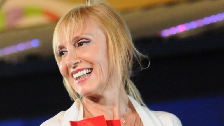 Актрисата Ирен Кривошиева дава откровено интервю за списание