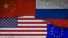 """Повечето европейци: Китай ще изпревари """"разбита"""" Америка до 10 г."""