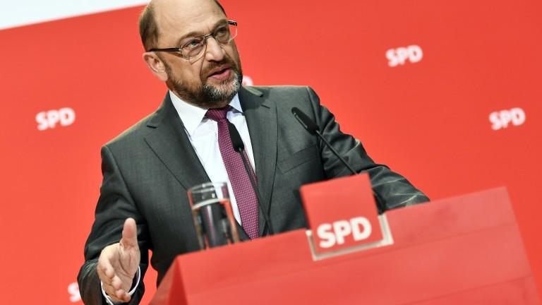 Социалдемократите започват преговори с консерваторите на Меркел