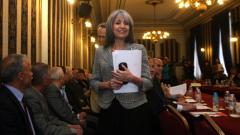 Просветените хора трябва да теглят България напред, убедена Маргарита Попова