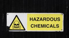 Опасни химикали в бивше предприятие край Севлиево