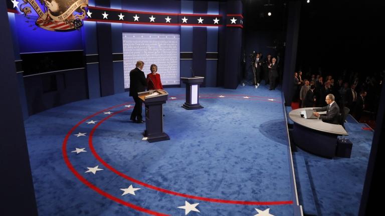 Клинтън победител на първия дебат с 56%, сочи нова анкета