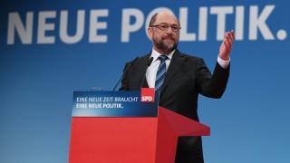 Германските социалисти започват преговори с Меркел, облекчение в Брюксел