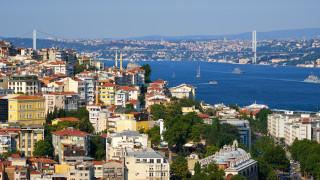 4-етажна сграда рухна в Истанбул