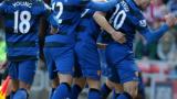 Ашли Йънг ще се бори за титулярното си място в Юнайтед