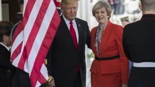 Тръмп и Мей обсъдиха Русия, Сирия и НАТО