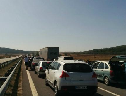 """Задръстванията по магистрала """"Струма"""" няма да спрат"""