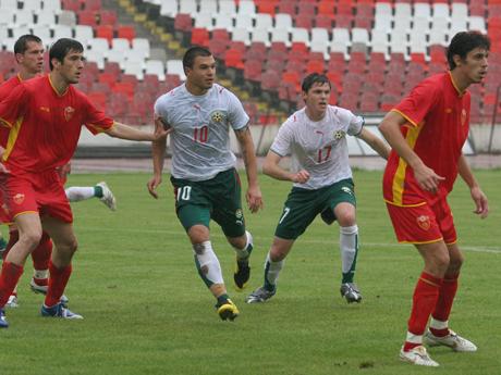 Младежите загубиха с 1:2 от Черна гора