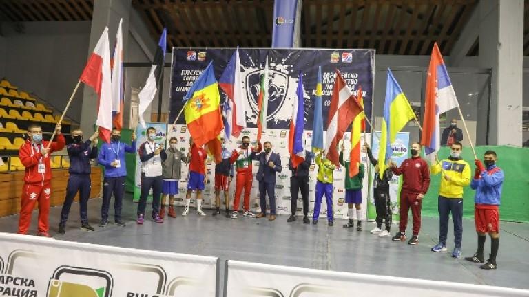 Победа за Любомир Ангелов и загуба за Димо Тониев на старта на Европейското по бокс за юноши