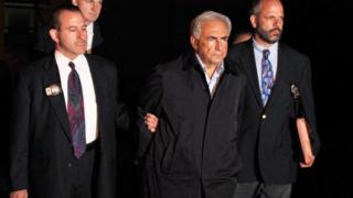 Защитата на Строс-Кан прави независимо разследване