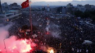 """Оправдателни присъди на знаковия процес за протестите в парка """"Гези"""" в Истанбул"""