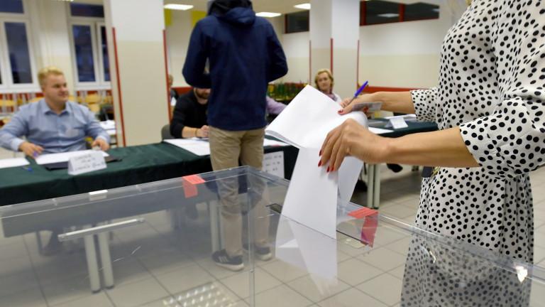 На парламентарните избори в Полша управляващата партия