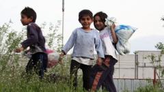 Европари връщат циганчета на училище