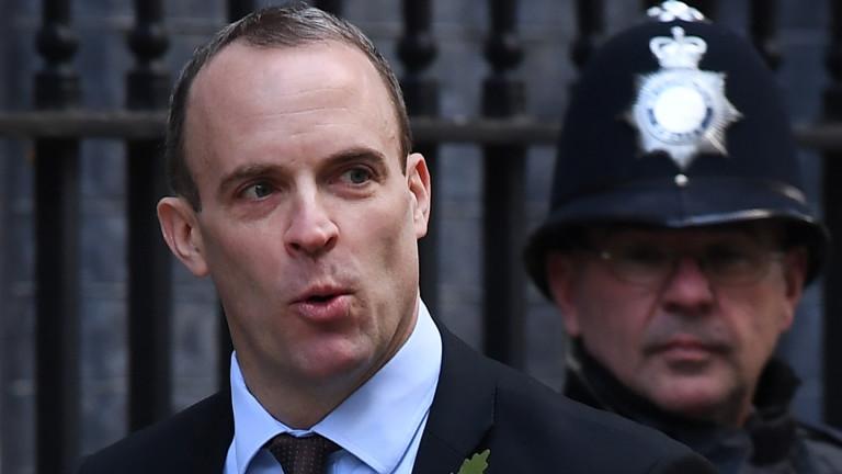 Великобритания смъмри посланика на Китай за малтретиран британски дипломат