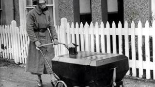 Как са отглеждали децата в началото на миналия век? (СНИМКИ)