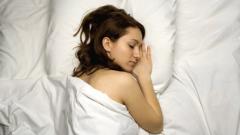 Светлината в спалнята увеличава талията