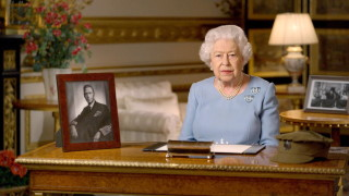 Кралицата: Никога не се предавайте