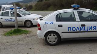 Пияна жена помете четири паркирани коли в Созопол и избяга