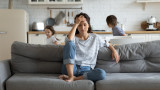 Главоболие, стомашни проблеми, надебеляване - как стресът ни разболява