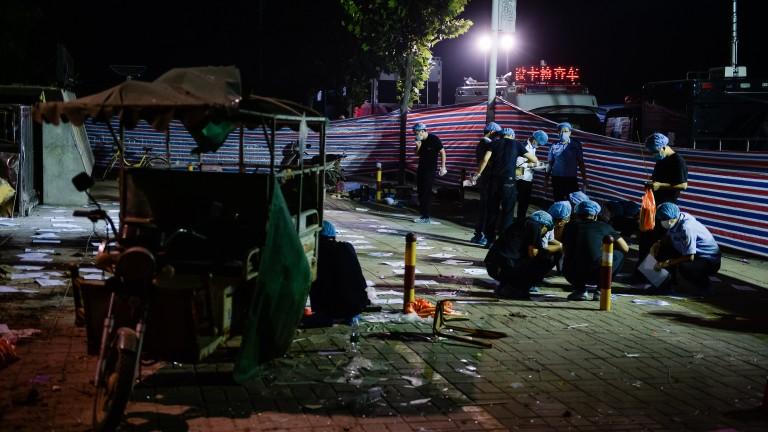 Най-малко 10 души са загинали при експлозия на газопреработвателен завод