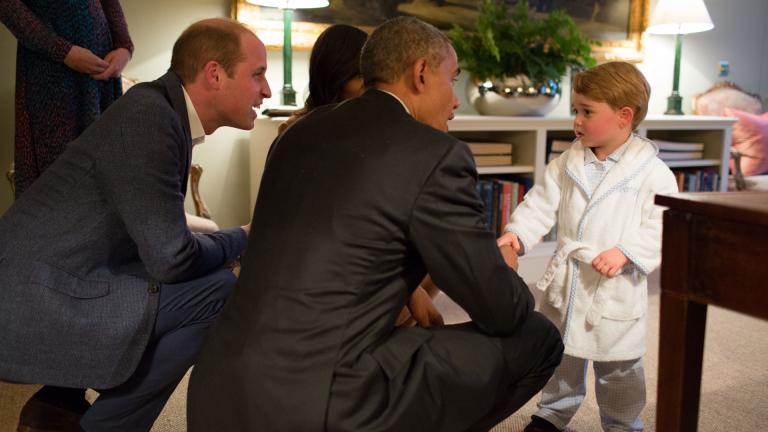 Халатът, с който принц Джордж посрещна Барак Обама, вече е разпродаден