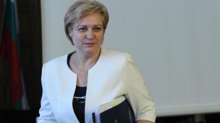 Горивата са предизвикателство за администрацията ни, призна Менда Стоянова
