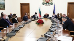 Борисов даде коледно 3 млн. лв. за ремонт на 4 храма