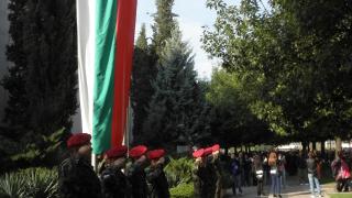Предлагат смяна на химна на България