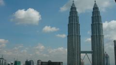 В Камбоджа строят най-високите кули близнаци в света