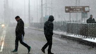 Съветите на МВР към пешеходците през зимата