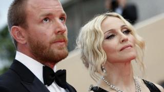 Битката между Мадона и Гай Ричи приключи