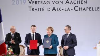 Меркел и Макрон затвърдиха френско-германския алианс с Аахенския договор