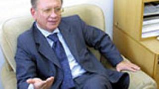 """И министърката Михайлова замесена в """"порочни практики"""" на ДПС?"""