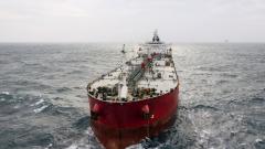Петролът реагира на заплахите на Иран да блокира доставките