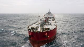 Пирати плениха 13 моряци от танкер в Гвинейския залив