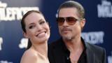 Анджелина Джоли, разводът с Брад Пит и защо актрисата иска съдия Джон Удъркърк да бъде отзован