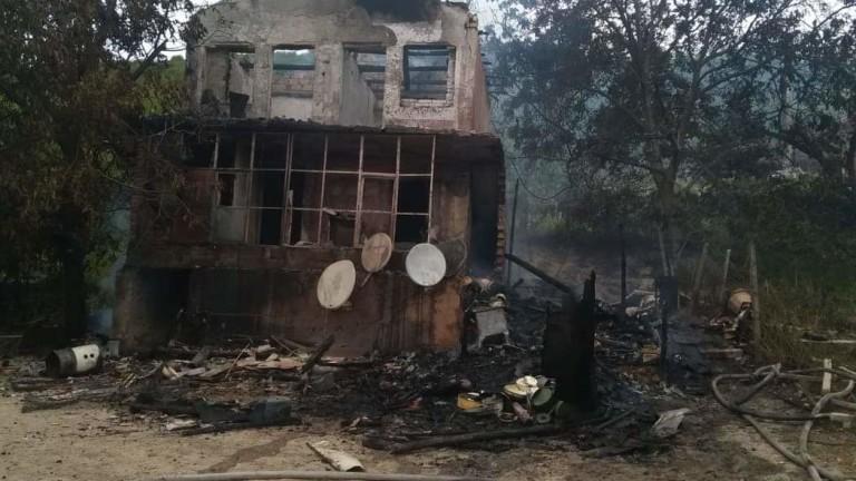 Късо съединение на електрическата инсталация е причинило днешния пожар край