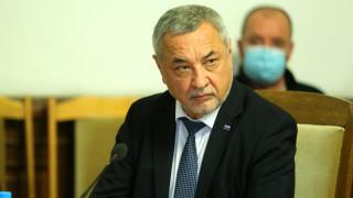 Валери Симеонов разочарован от колегите си, но няма да се откаже