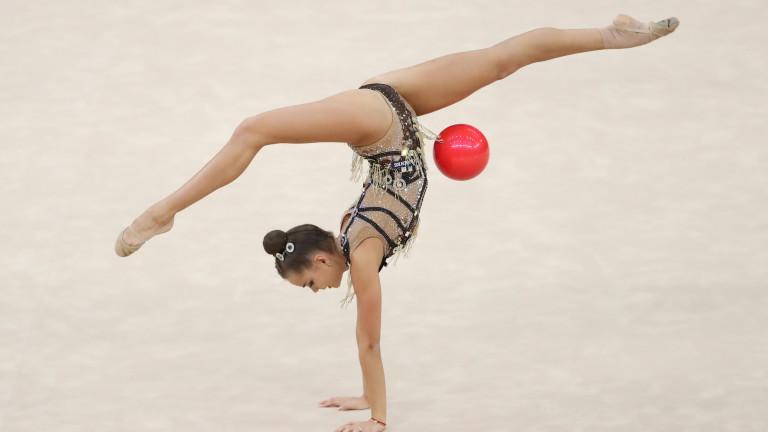 Дина Аверина стана световна шампионка, Боряна Калейн на косъм от медал