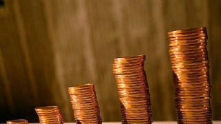Инвестиционните фондове в България бягат от българския лев