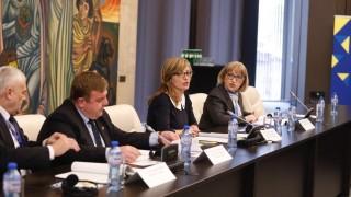 Цачева иска Европейската прокуратура да заработи час по-скоро