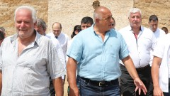 Борисов накара подчинен, ударил журналистка, да се извини