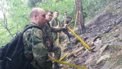 Военни се включиха в гасенето на пожара над Карлово