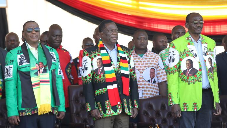 Президентът на Зимбабве Емерсън Мнангагва оцеля при бомбено нападение в