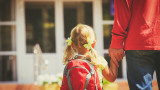Лек спад на броя на осиновените деца у нас