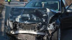 30-годишен шофьор се заби в дърво и загина във Варненско